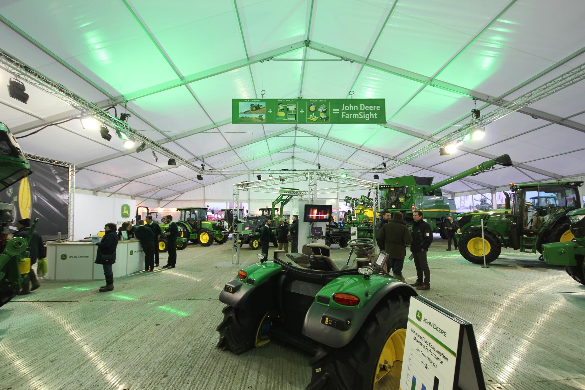 Exhibition Stand Builders Nottingham : Lamma show case study onebigstar